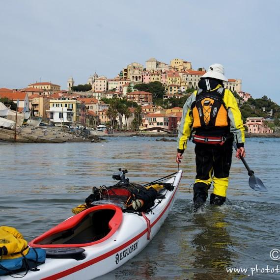the route-antognelli-italie-kayak-Imperia-Kokatat-sea kayaking UK-reed